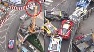 พลาดคันเดียว พังทั้งแก๊ง รถแข่งชนกันสนั่นทั้งถนน เหตุเกิดแค่เสียหลัก